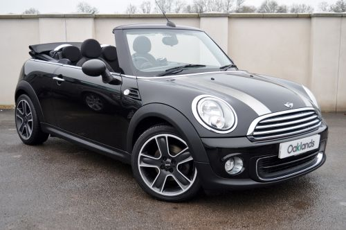 Used MINI CONVERTIBLE in Clevedon, Bristol for sale